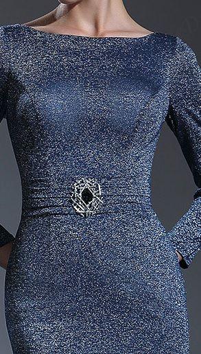 černé šaty-zlaté šaty-plesové šaty-dlouhé šaty sdlouhým rukávem